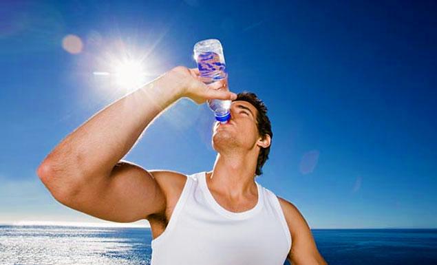 Tomar Agua en Abundancia Es Factor Clave para Aumentar Masa Muscular